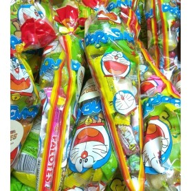 Cono Retropack de Cumpleaños Doraemon con Chuches